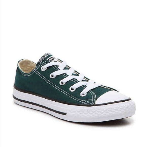 timeless design 2ae22 23d36 Converse Shoes - Converse   Chuck Taylor (Dark Green) Low Top sz 8